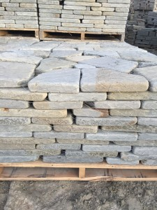 2 inch tumbled stone