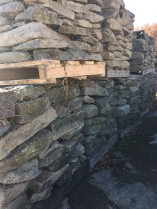 regular creek stone (3 to 6 inch) (2)